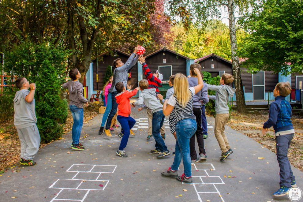 Játék a táborban